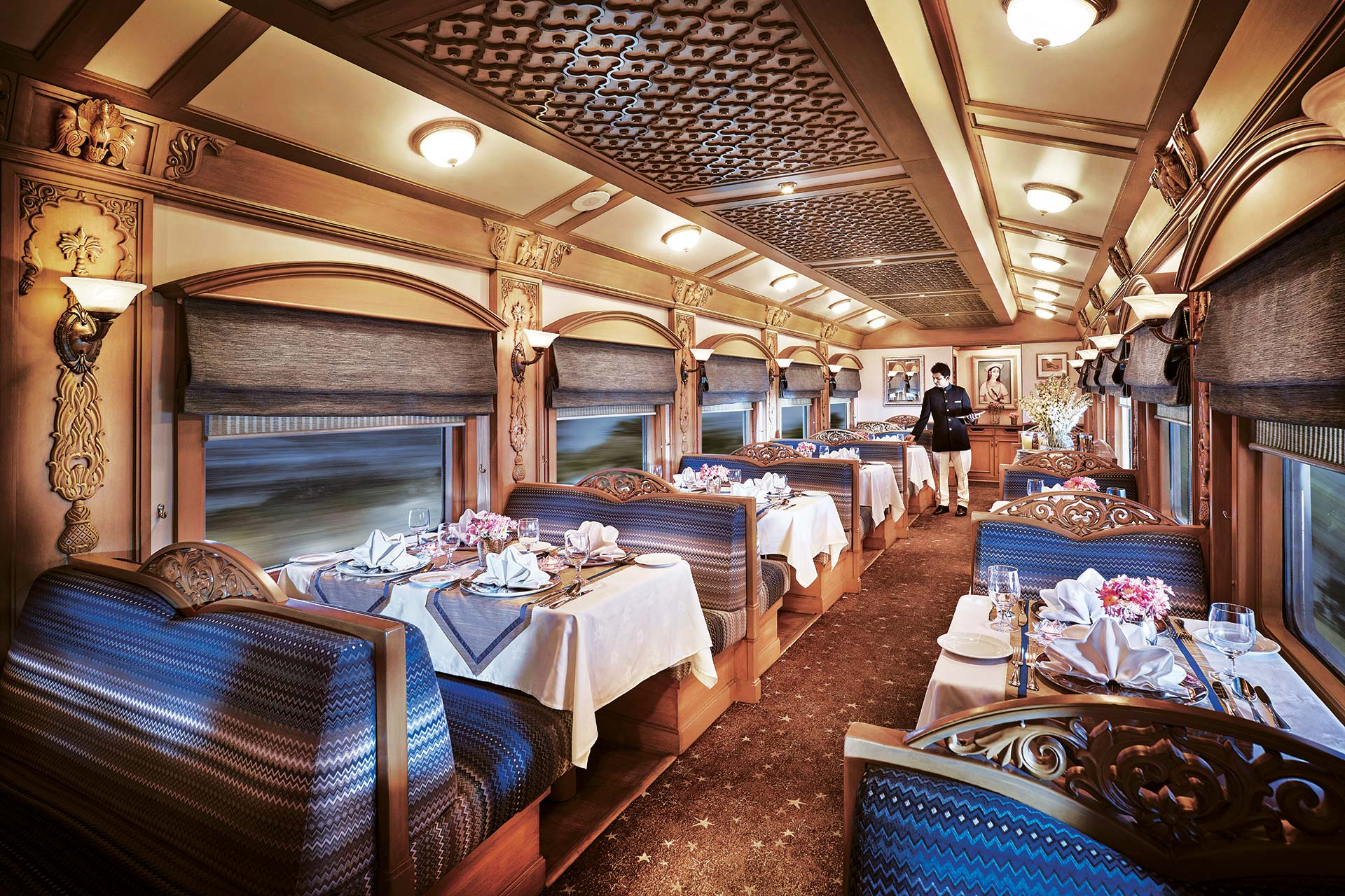 Luxury Trains, Dining Hall